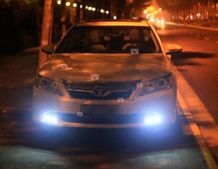 Штатные дневные ходовые огни Toyota Camry V50